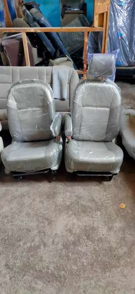 Best Quality Seat for Thar, Jeep and Innova Car