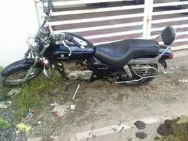 Very good condition Avenger 2013 for sale