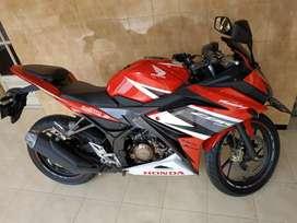 Honda CBR 150 KM 9ribuan samsat krian