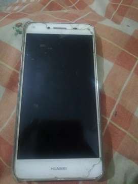 A HUAWEI PHONE FOR SAL MODEL Y5 ROM 8 GB in not bad condition