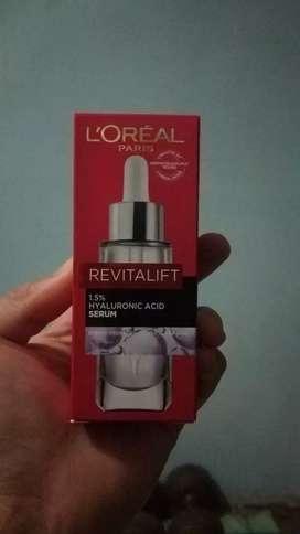 L'Oreal Paris Revitalift Hyaluronic Acid Serum
