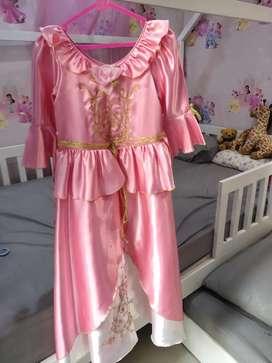 Kostum Princess Aurora