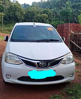 Toyoto etios, vxd top model, superb condition,second owner,