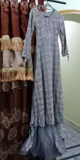 Grey Bridal Maxi 1 time use original price 45000 now discount 32000