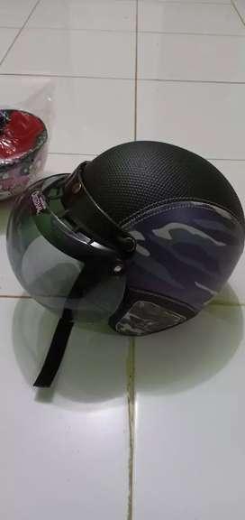 Helm ready sesuai foto