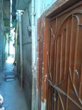 House sale ground+first floor at Gharibabad Liaquatabad