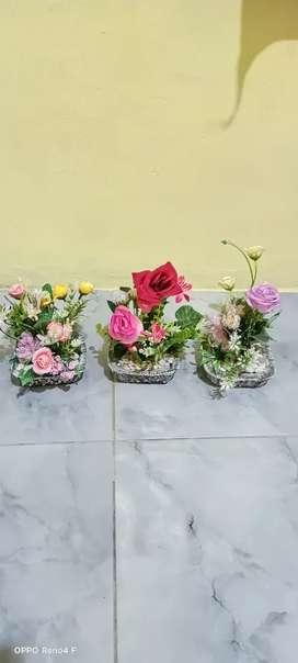 di jual bunga plastik 3pcs