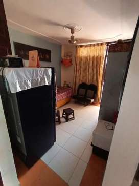 Well maintained 2bhk flat