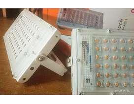 Lampu Tembak sisa Proyek 50 Watt LED