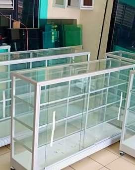 Harga standar siap kirim dijual etalase kaca baru berbagai ukuran