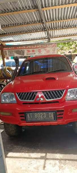 L200 strada merah