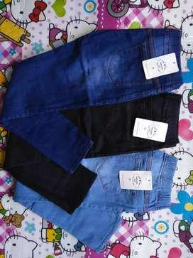 Celana jeans pinggang karet