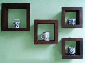 Decorative hanging wall shelfz