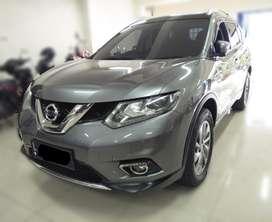 Nissan Nissan X-Trail 2.5 Automatic 2015 Siap Pakai