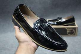 Stylish Cut Shoes For Men All Sizes Are Available.