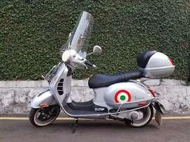 Vespa (km 1600) Granturismo GT 200 L. Italy rare