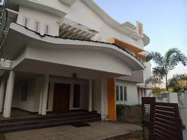 4 bhk 2400 sqft 7 cent house at aluva choondy near sos