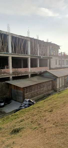 New building for rent suitable for godown