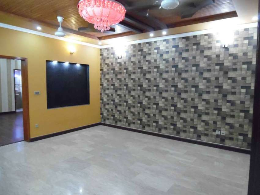 8 Marla Brand New House For Rent At Prime Locatio In Bahria Town LHR 0