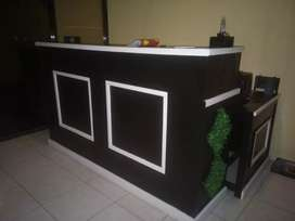 Meja bartender dan kasir