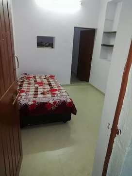 Rooms available for only students and professioanals looking for PG