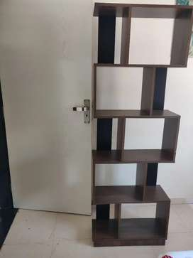 Excellent condition Rack and Table