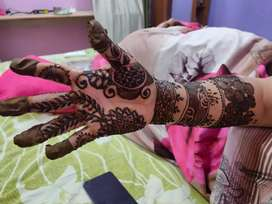 Mehandi applying