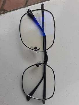 Servicee kacamata frame patah
