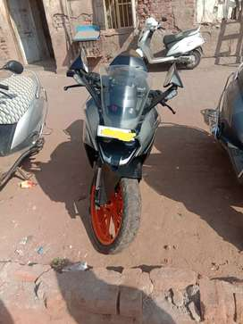 Ktm rc-200 very smooth engine no any work bike if any one interested