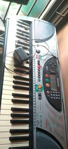 Keyboard Yamaha PSR 240