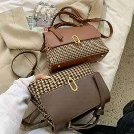 Houndstooth Handbag dengan Adjustable Strap
