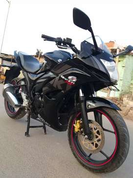 Suzuki gixxer SF 155 cc. ABS model  November 2023  running