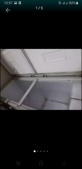 Frezer box 2 pintu