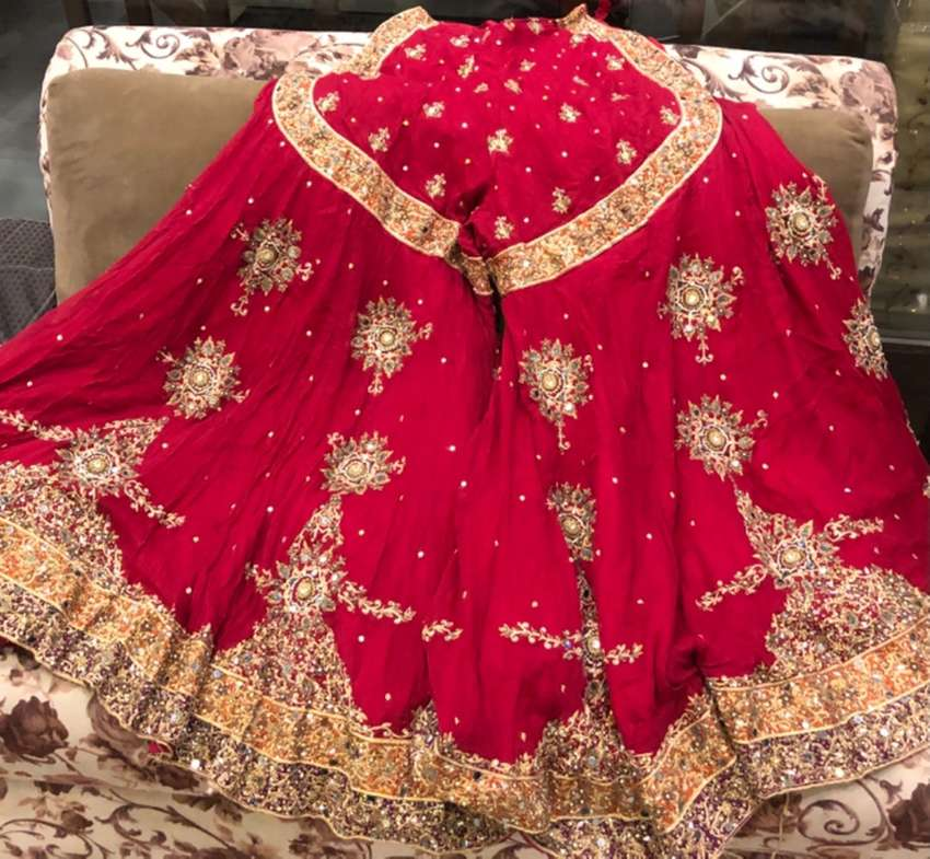 Beautiful bridal HSY design 0
