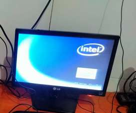Monitor LG 16 inc PC