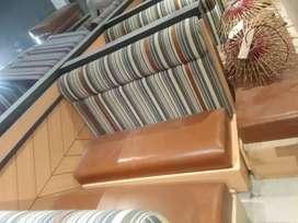 Sofa bekas Cafe & Resto