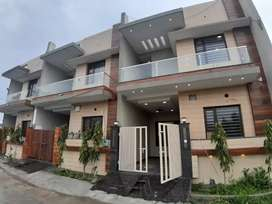 100 PERCENT FINANCE AVAILABLE KOTHI 4 BEDROOMS