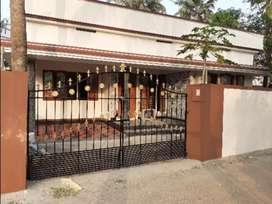 (OWNER) House Sale  Kalamassery Kombara 5 Cent 3 Bedroom Car Parking