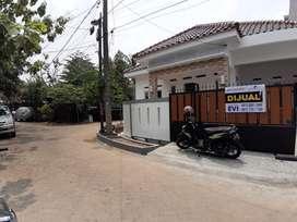 Disewakan Rumah 1,5 Lantai di Jatibening Estate, Bekasi