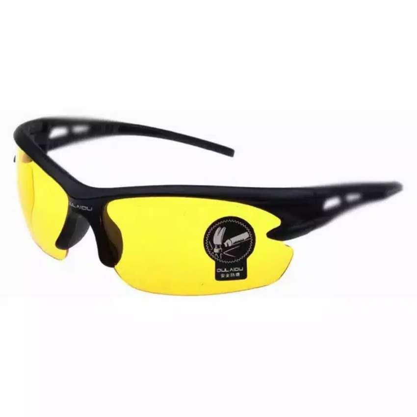 HS Kacamata Sepeda Lensa Mercury