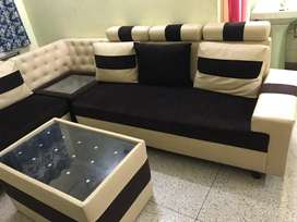 A beautiful and sturdy sofa set