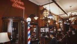 Dibutuhkan kasir part time di barbershop barber brown