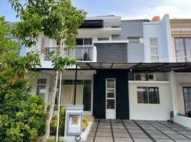 Disewakan Rumah Bagus Semi Furnished Puri Mansion