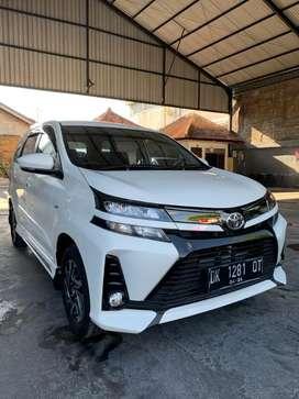 Dijual Toyota Avanza Veloz AT putih