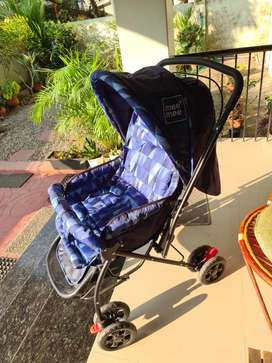 Mee mee baby pram with reversible handle.