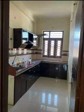 Rent 3BHK Luxury House Ready to Move Mahanagar Colony
