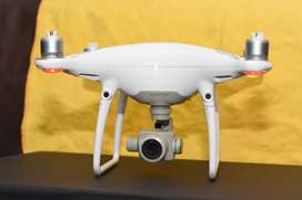 Dji Phantom 4 Advance with 3 original battrey