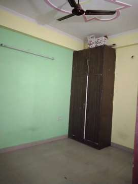 Flats for rent in Noida extension sector 4 shahberi
