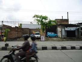 Gudang di Woltermonginsidi - Semarang