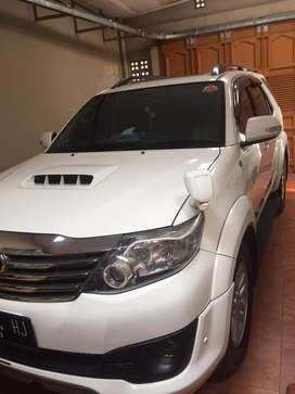 Toyota Fortuner G TRD putih 2012 2.5 Diesel automatic
